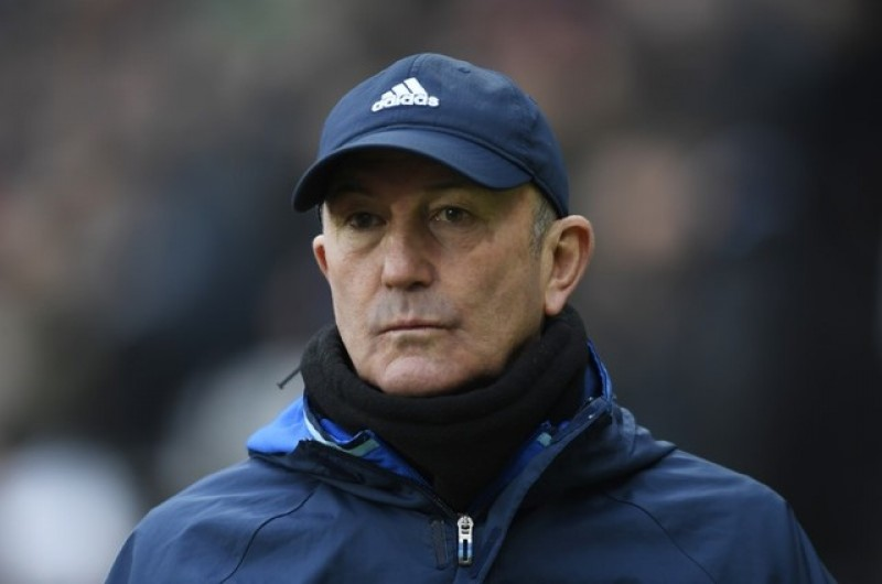 West Brom's Pulis blasts Stoke for 'disgraceful' comments
