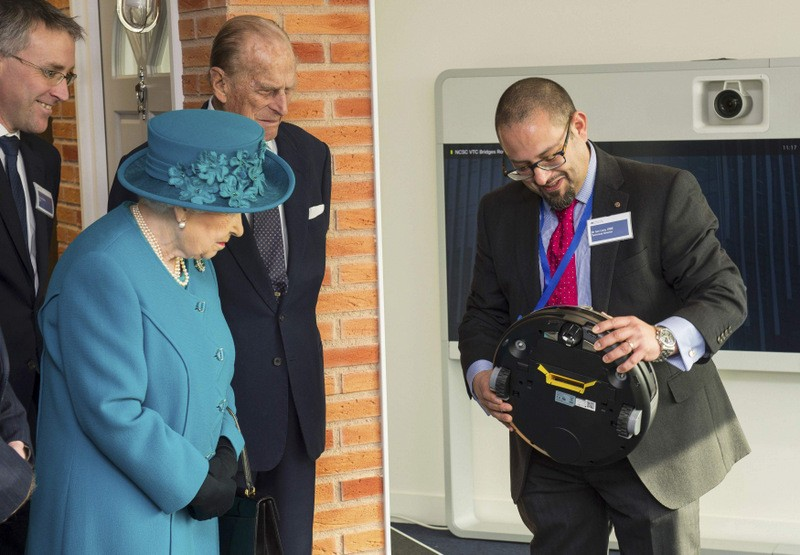 Queen opens new National Cyber Security Centre