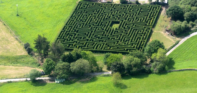 Cantabria ranger prepares to open the largest maze in Spain