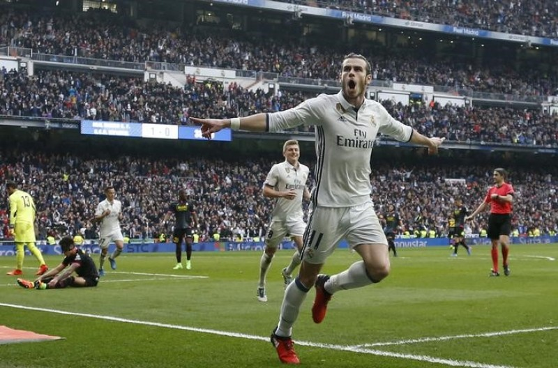 Bale back with a bang as Real Madrid thrash Espanyol