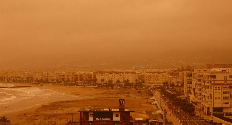 Martian skies and blood rain in Andalucia and Melilla