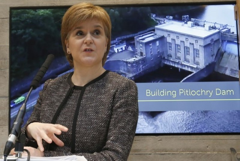 Nicola Sturgeon demands new independence vote before Brexit