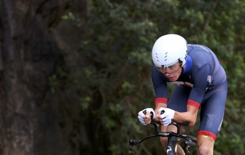 Cycling: Froome declares support for Sky boss Brailsford