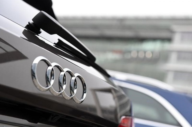 German prosecutors search Audi for second day in emissions probe