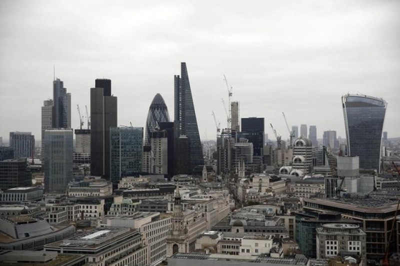 UK commercial property recovery losing steam index shows