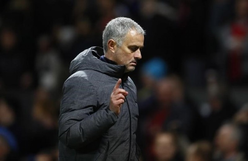 Manchester United not ready to dominate again says Mourinho