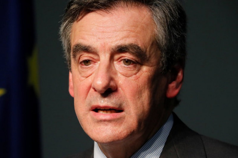 Probe into France's Fillon widened to include suits gift