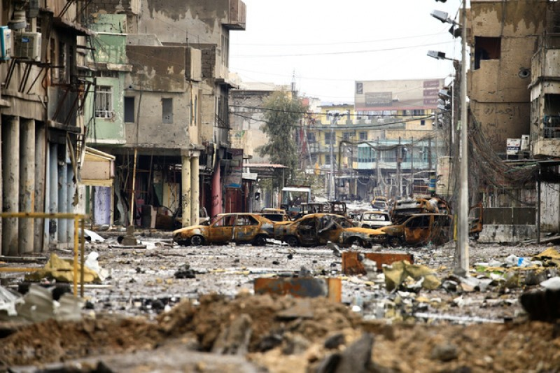 Iraqi forces advance into Mosul's Old City, Nuri mosque in sight