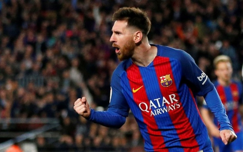 Luis Enrique, Pique marvel at prolific Messi