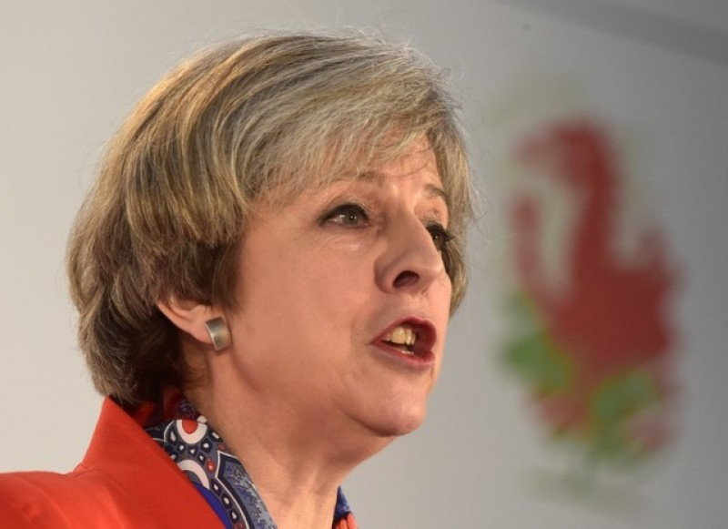 May starts UK tour before pulling Brexit trigger