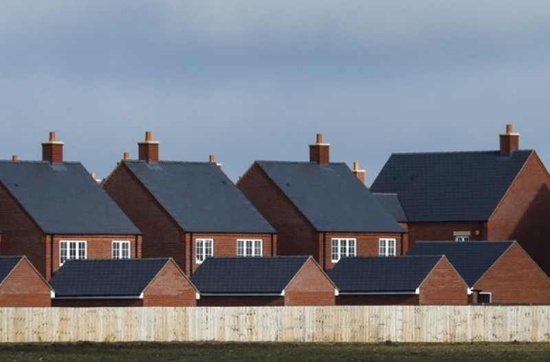 Asking prices for UK homes show solid gain in Feb-March