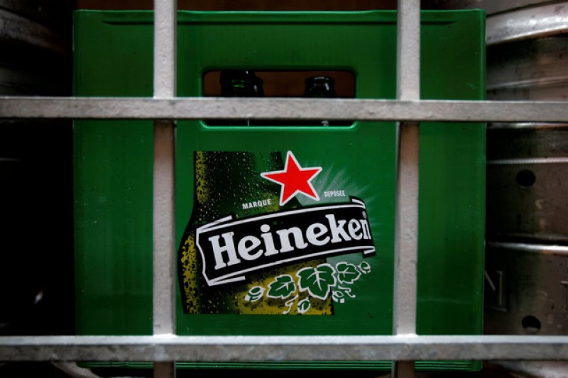 Red star over Hungary? Heineken may see trademark banned