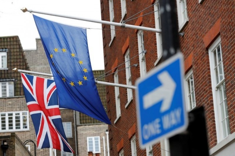Future EU-UK ties should be based on enhanced Canada deal says Dutch council