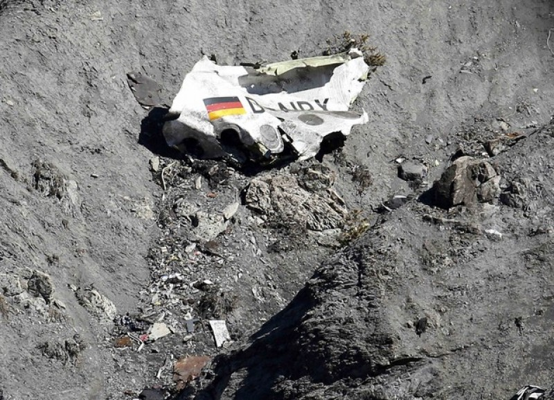 Father of Germanwings pilot seeks to clear son's name