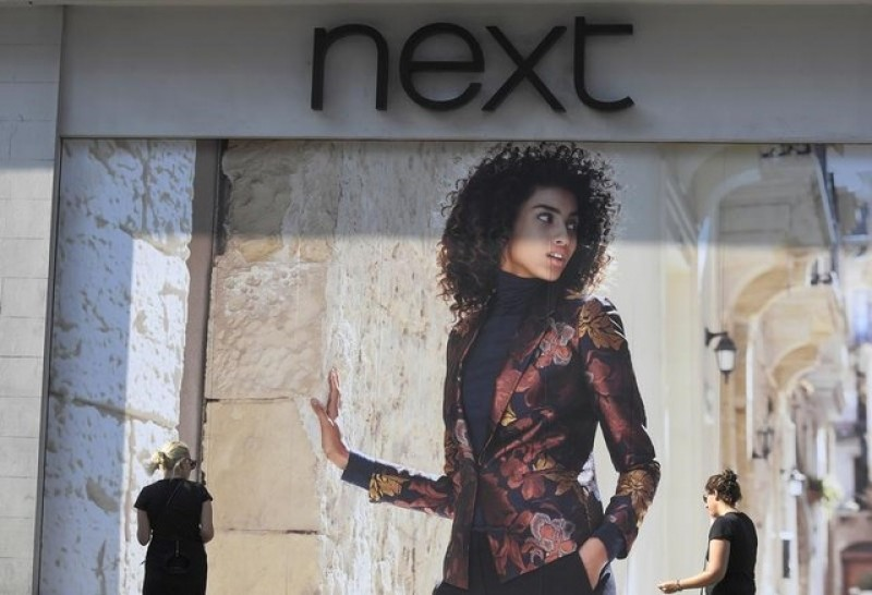 Retailer Next 'extremely cautious' about year ahead