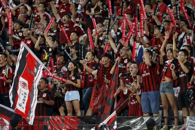 Empty offices, wary lenders - China's faltering bid for AC Milan