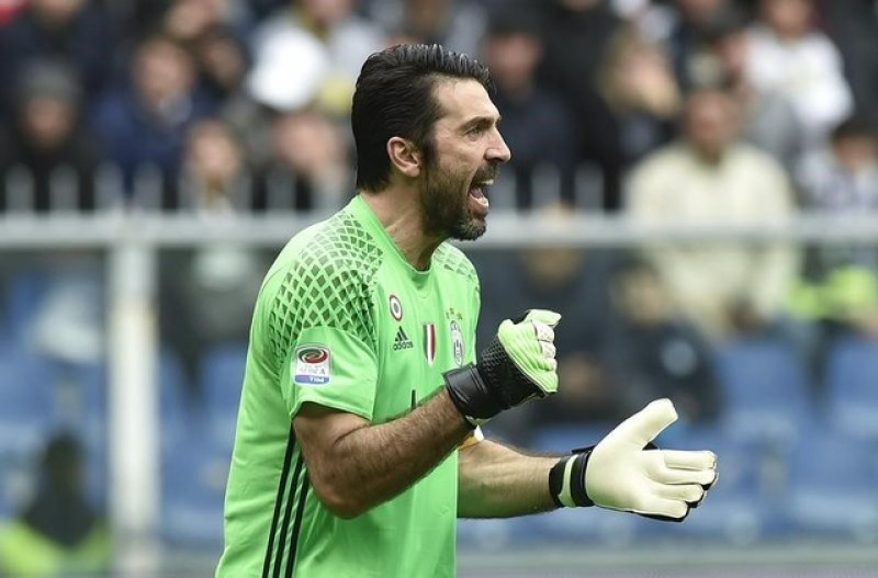 Buffon set for 1,000th senior game