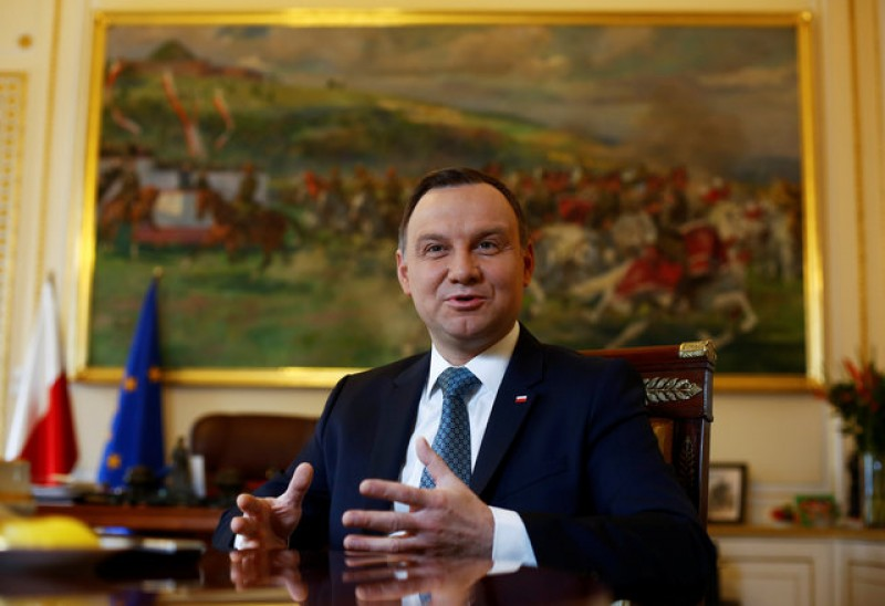 Poland fully committed to EU despite disputes says president