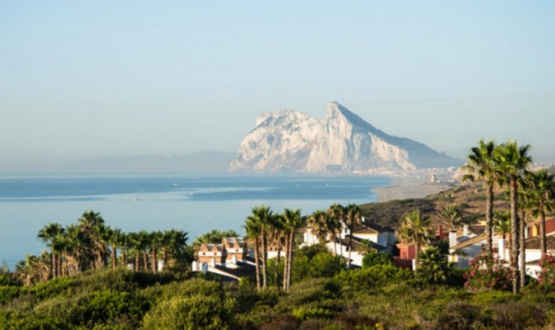 Spanish press resist triumphalism over Gibraltar omission from Article 50 letter