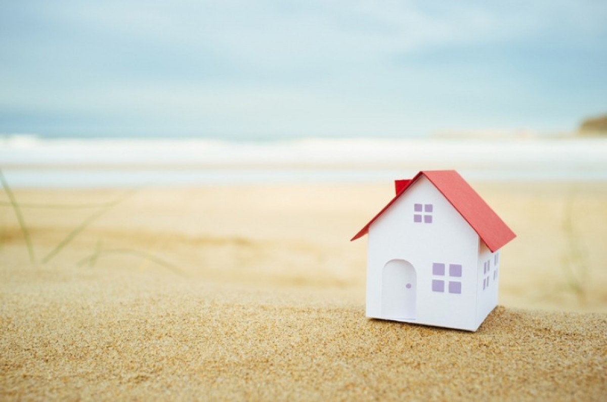 Save money buying a house in Spain with Berry FX currency exchange