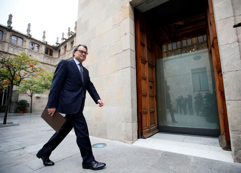 Artur Mas refuses to call new elections for Cataluña until next Monday