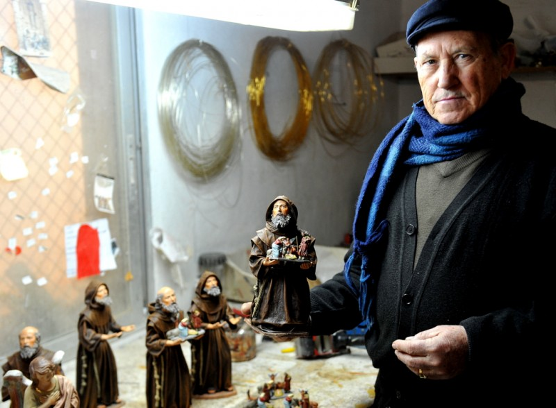 Murcian Master Belenistas continue the tradition of centuries