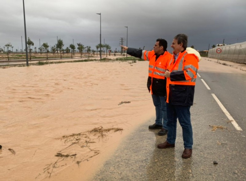<span style='color:#780948'>ARCHIVED</span> - Torre Pacheco-Los Alcázares road under water