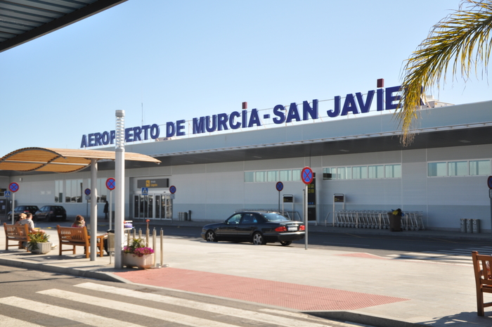 <span style='color:#780948'>ARCHIVED</span> - San Javier airport urged to diversify