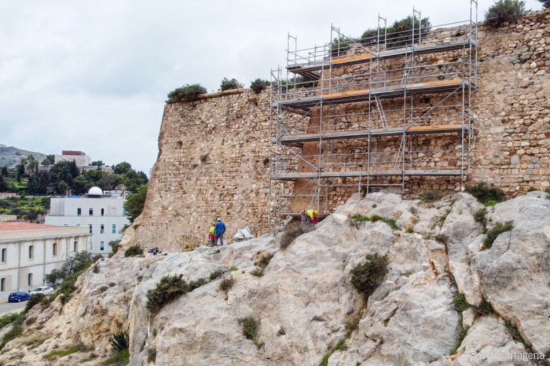 Strengthening of castle walls begins at the fortress of Despeñaperros in Cartagena