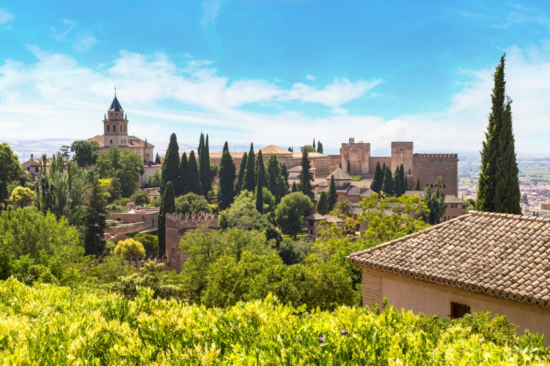 <span style='color:#780948'>ARCHIVED</span> - Conde Nast Traveler names Granada as one of top 10 most beautiful cities in Europe