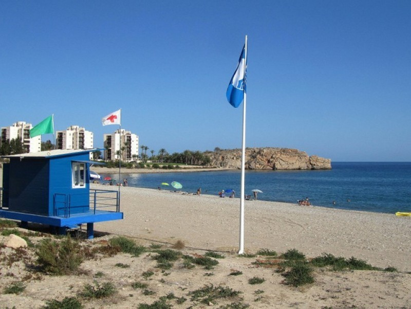 <span style='color:#780948'>ARCHIVED</span> - 26 Blue Flags for Costa Cálida beaches but Mar Menor remains flagless