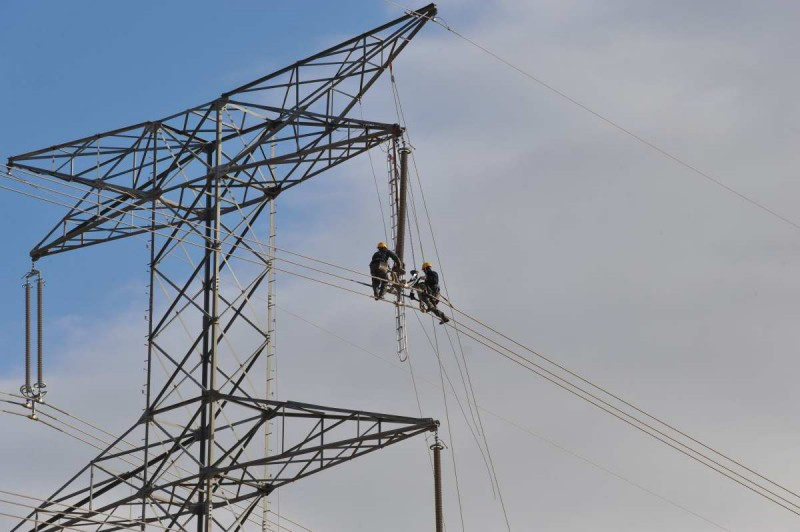 <span style='color:#780948'>ARCHIVED</span> - Rising electricity prices in Spain drive up inflation to 2.2% in April
