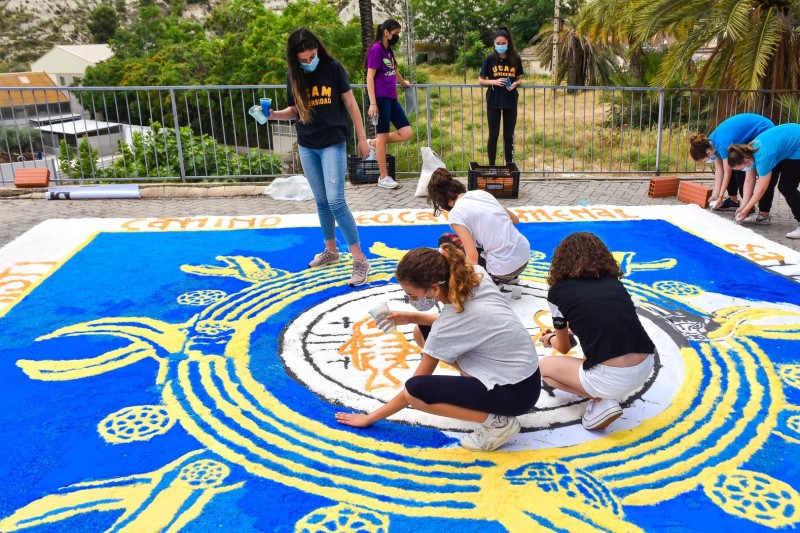 <span style='color:#780948'>ARCHIVED</span> - Archena continues salt carpets tradition for Corpus Cristi in spìte of Covid restrictions
