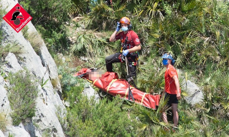 <span style='color:#780948'>ARCHIVED</span> - Elderly hiker rescued in Jalon on the Costa Blanca