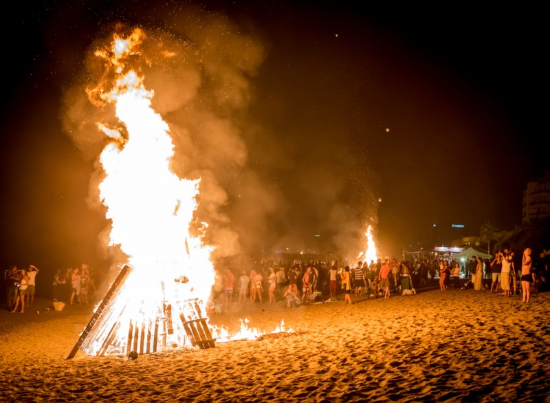Barcelona will allow beaches to be used during San Juan festivities