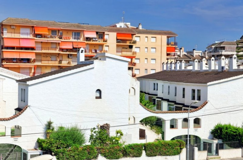 Spanish property market continues to emerge from the Covid crisis as sales soar