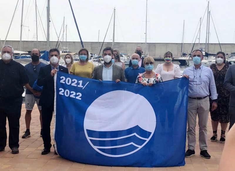 <span style='color:#780948'>ARCHIVED</span> - Mazarrón receives 10 Blue Flags to be flown at beaches and marinas this summer