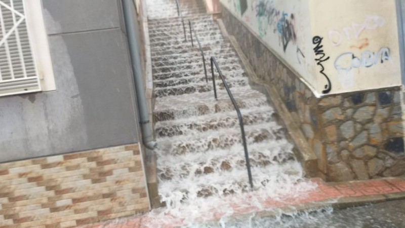 <span style='color:#780948'>ARCHIVED</span> - No major incidents during storms in the Region of Murcia on Monday