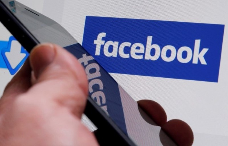 <span style='color:#780948'>ARCHIVED</span> - Facebook and Google control 70 per cent of the digital advertising market in Spain