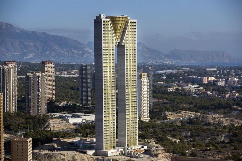 <span style='color:#780948'>ARCHIVED</span> - High expat demand for Benidorm apartments in tallest European residential building