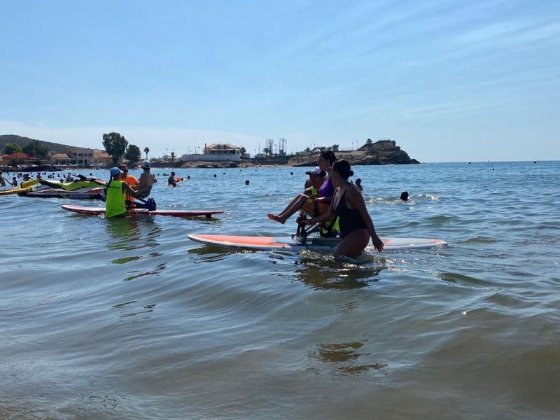<span style='color:#780948'>ARCHIVED</span> - Adapted surfing day for the disabled in Mazarron big success