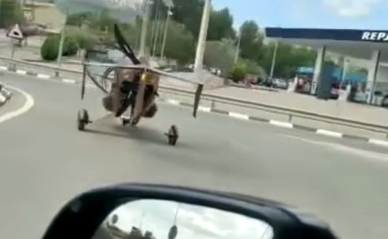 <span style='color:#780948'>ARCHIVED</span> - Pilot lands gyroplane on Alicante road and travels several kilometres to refuel