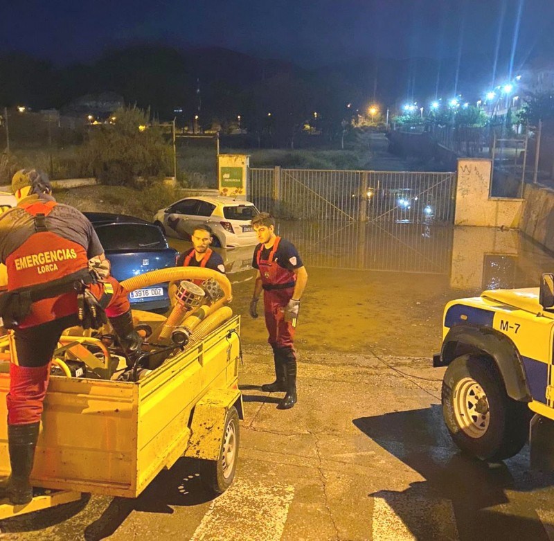 <span style='color:#780948'>ARCHIVED</span> - Murcia emergency services called out to 44 flood incidents in one night