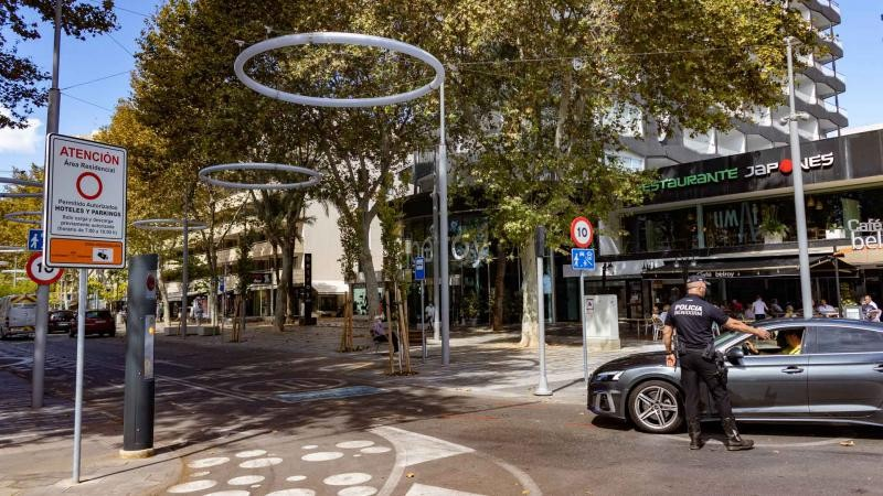 <span style='color:#780948'>ARCHIVED</span> - Benidorm launches low emissions project as part of drive to cut car use