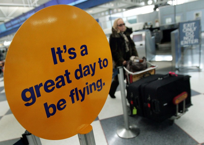 <span style='color:#780948'>ARCHIVED</span> - New travel rules between England and Spain to come at the end of October