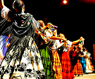 <span style='color:#780948'>ARCHIVED</span> - 28th June, Folk music and dancing festival, Yecla