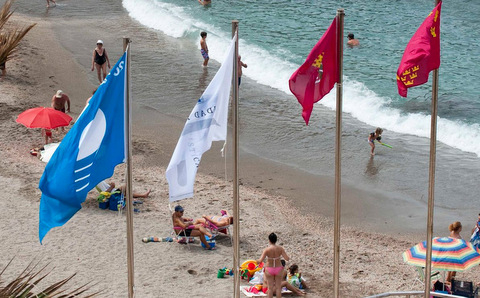 <span style='color:#780948'>ARCHIVED</span> - Cala Cortina beach in Cartagena achieves Q for Quality for the first year