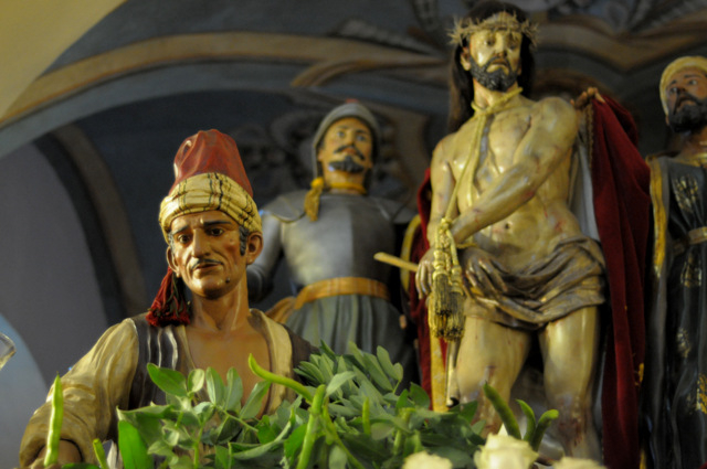 Murcia Semana Santa: Coloraos stain Murcia red with the blood of Christ